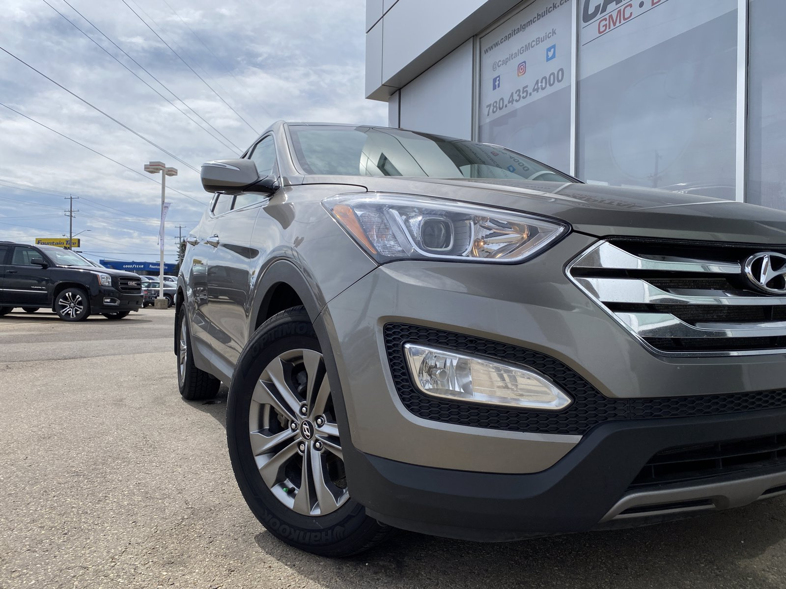 Certified Pre-Owned 2013 Hyundai Santa Fe Luxury SUNROOF HEATED LEATHER & STEERING REMOTE START